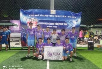 FC UTM tham dự giải bóng đá sinh viên pháp vân năm 2020