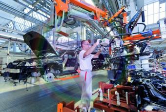 Cử nhân Công nghệ kỹ thuật ô tô